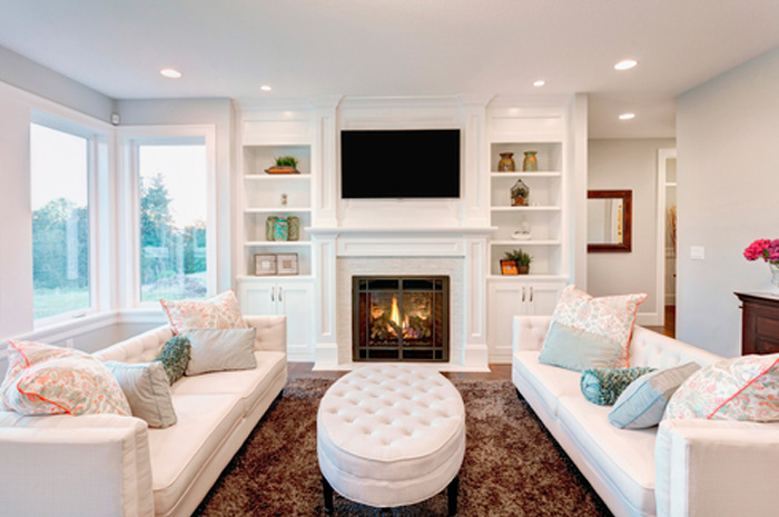 reduce_clutter_living_room